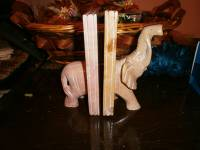 Fermalibri elefante